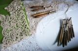 Wyplatanie koronki klockowej - wg wzoru archiwalnego ze szkoły zakopiańskiej, fot. M.Cięciwa