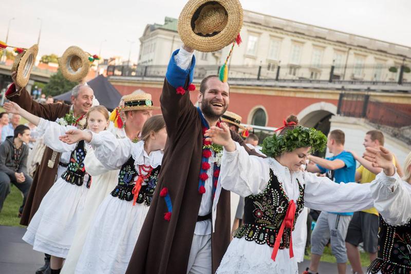 Koncertu laureatów oraz Wieczoru tańca w Ogrodach Zamkowych w 2016 roku,fot. Marta Ankiersztejn © IMiT.