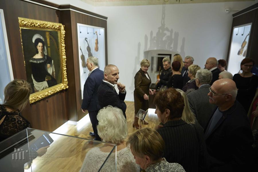Otwarcie nowej wystawy stałej w Muzeum Ludowych Instrumentów Muzycznych w Szydłowcu, fot. www.tomaszrogala.pl
