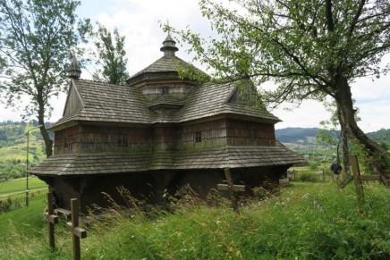 Drewniane Cerkwie w Regionie Karpat w Polsce i na Ukrainie. Spotkanie w Jaremcze