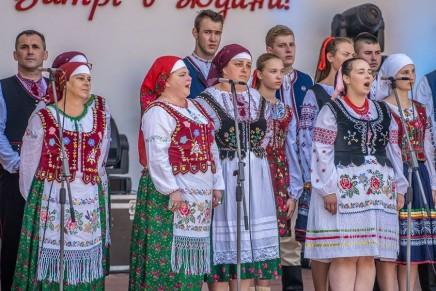 Łemkowska Watra: Międzypokoleniowe spotkanie Łemków z całego świata
