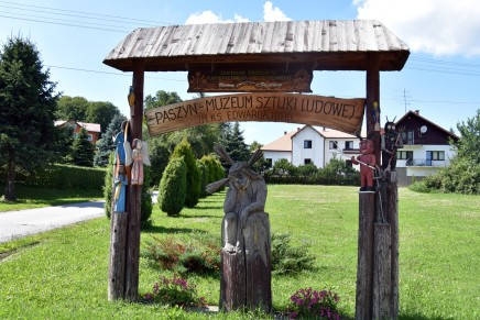 Lato z tradycją: Muzeum Sztuki Ludowej im. ks. Edwarda Nitki w Paszynie