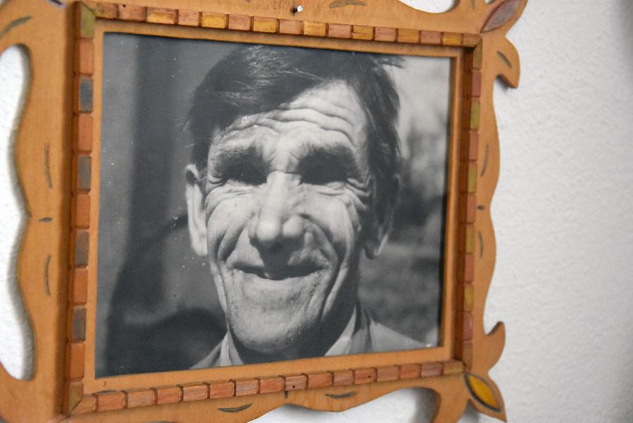"""Zdjęcie głuchoniemego """"Wojtka"""" Wojciecha Oleksego, fragment ekspozycji, fot. Krzysztof Butryn"""