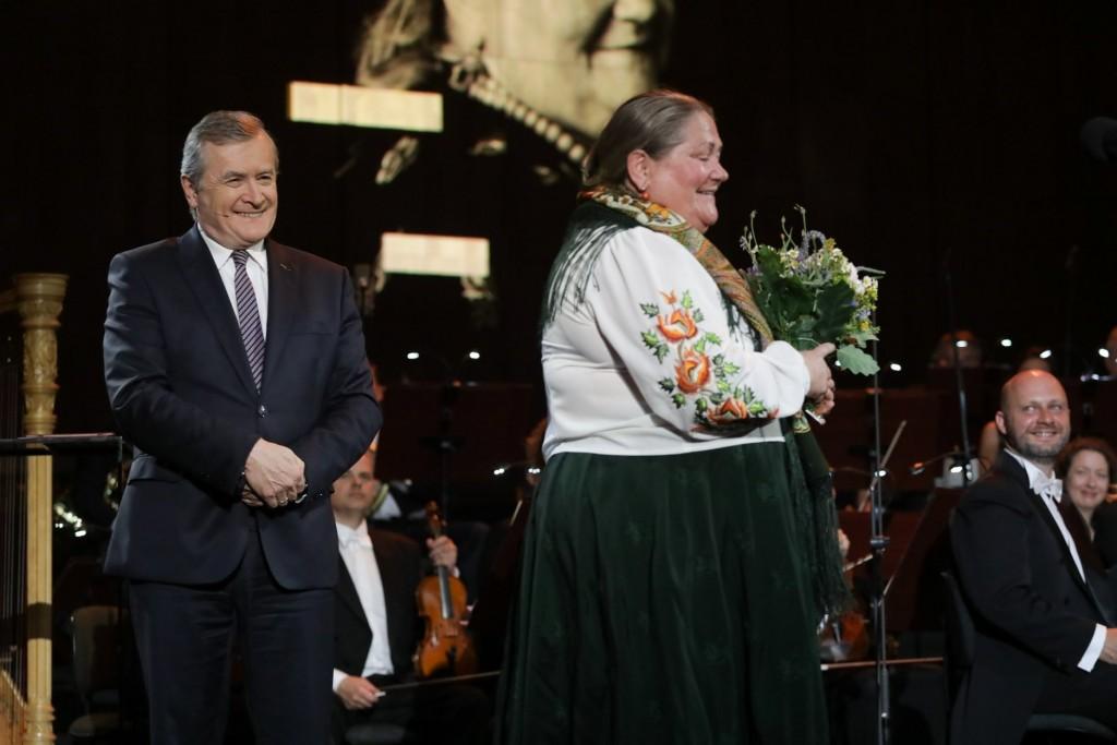 Wicepremier, minister kultury Piotr Gliński i Marta Walczak-Stasiowska, fot. Danuta Matloch / www.mkidn.gov.pl