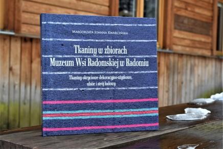 Nowa publikacja dla miłośników tkanin i strojów ludowych