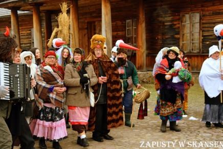 Tradycje zapustne na festynie w białostockim skansenie