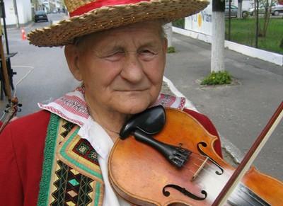 Skrzypce są jak gwiazdeczki na niebie… Bronisław Dudka – skrzypek ze Zdziłowic (1918-2007)
