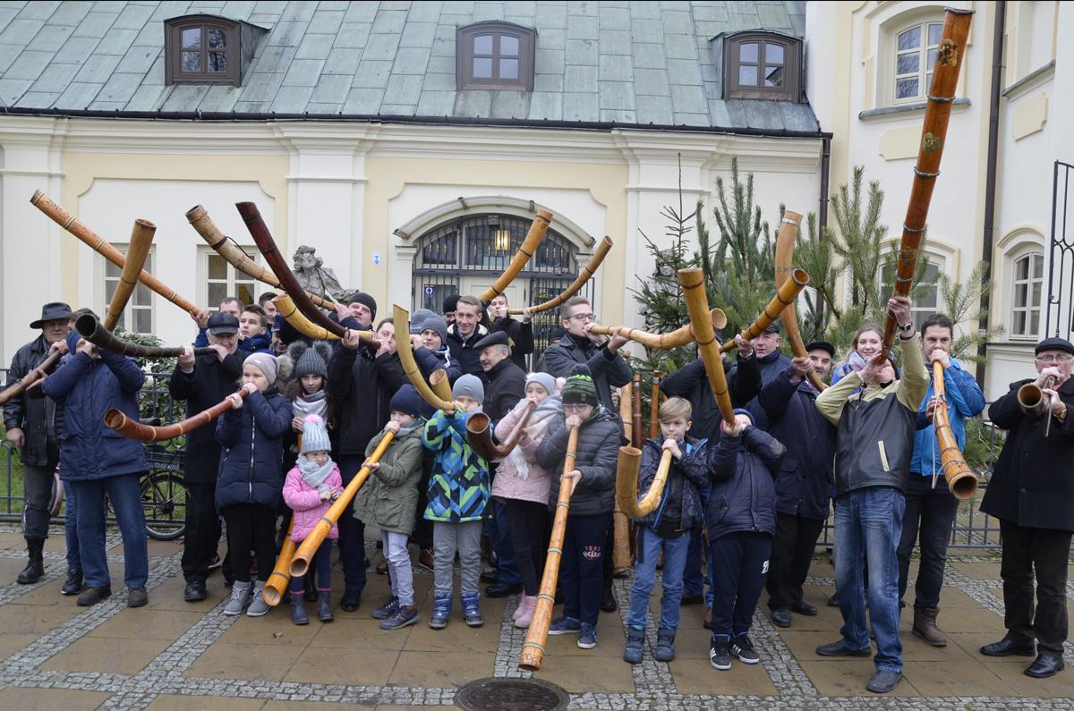 Grają głównie dla tradycji. XXIII Konkurs gry na ligawkach w Siedlcach