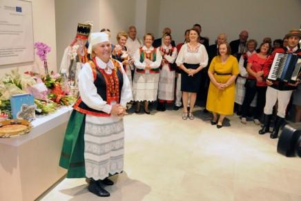 Ostrołęka: wystawa Czesławy Kaczyńskiej w Muzeum Kultury Kurpiowskiej
