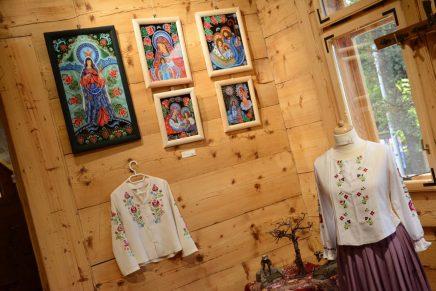 Zakopiańscy Twórcy Ludowi na wystawie w Czerwonym Dworze